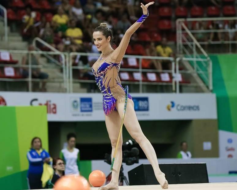 Rio-2016-atletas-brasileiras-mais-bonitas-das-olimpiadas-natalia-gaudio-ginastica-ritmica-gatas