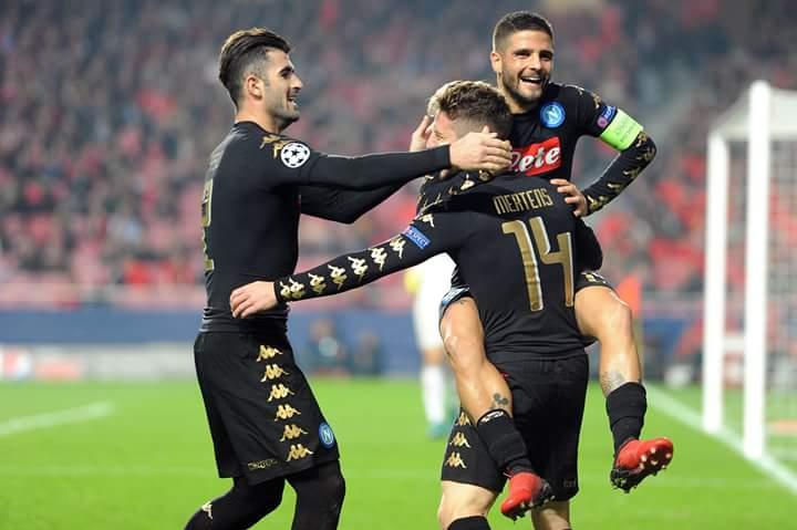 clubes-que-superaram-as-expectativas-no-futebol-europeu-napoli