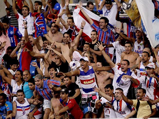 torcida-bahia-motivos-para-voce-assistir-futebol-ao-vivo-nos-estadios-do-nordeste