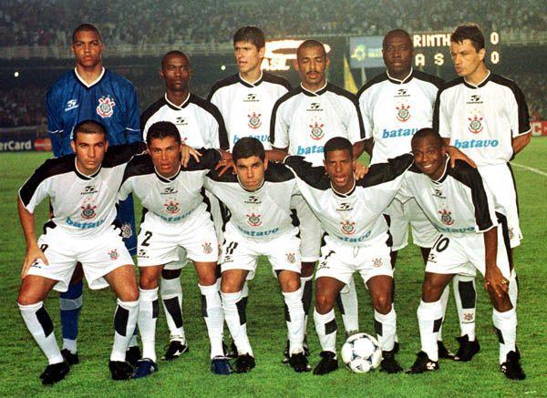 campeao-mundial-fifa-2000-corinthians-106-anos-dez-titulos-importantes-na-historia-do-timao