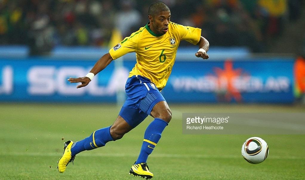 descubra-o-time-do-coracao-de-dos-principais-jogadores-do-brasil-bastos