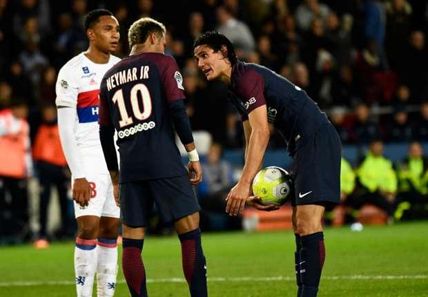 Opinião: Neymar X Cavani, quem errou?