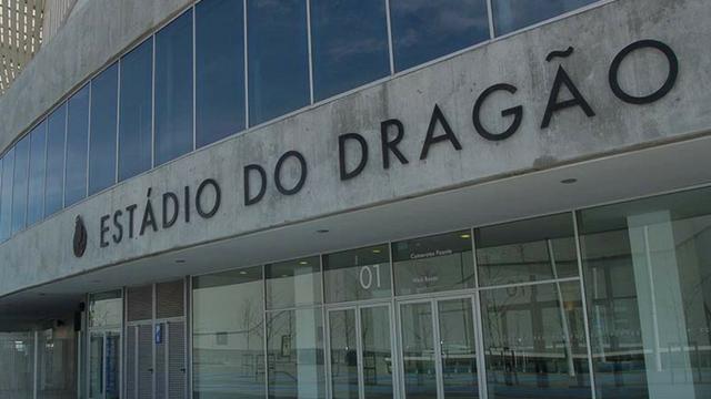 Relato de quem visitou a estrutura do FC Porto e tem algo a dizer
